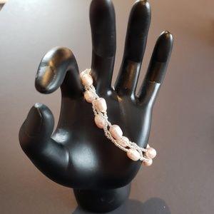 Jewelry - NWOT Fresh Water Pearl Bracelet